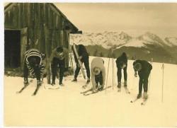 Ski...