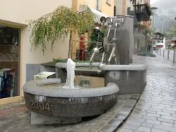 Dorfbrunnen (2004)...