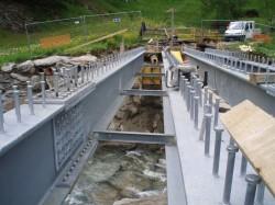 Stahlbau für Brücke...